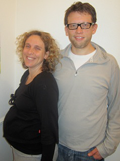 Couple attending HypnoBirthing ® classes